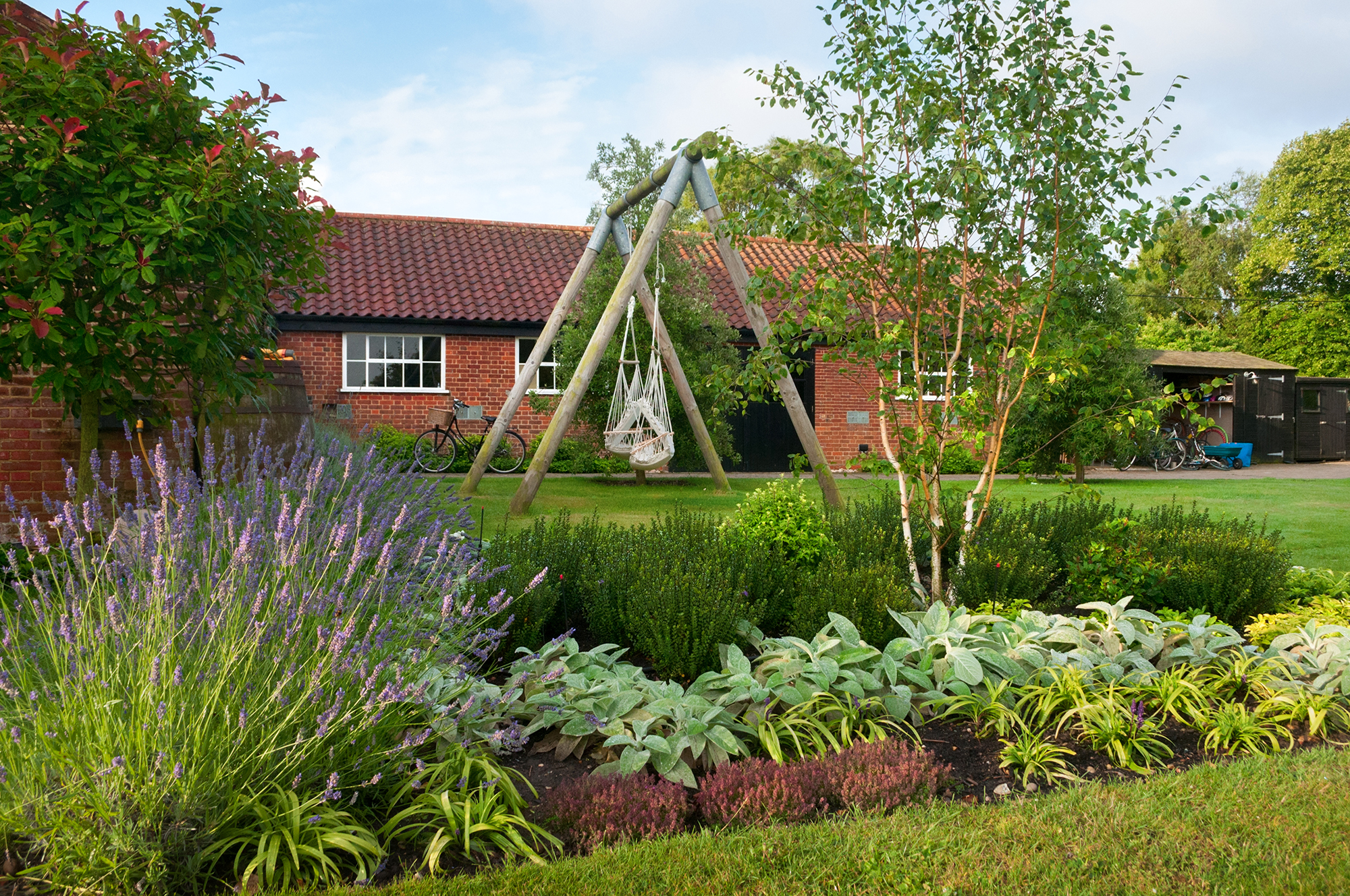 Large garden design suffolk studio 31 landscape design for Landscape design suffolk